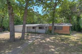 1125 N. Fielder Road, Arlington, TX
