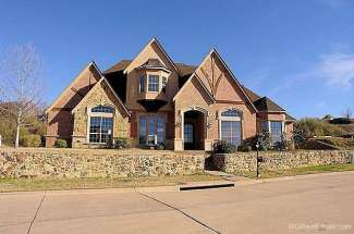 615 Rainbow Creek Court, Arlington, TX