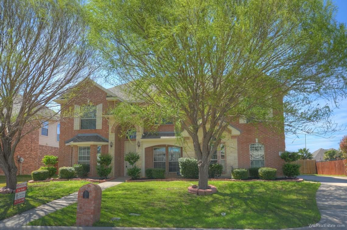 617 Hammond Drive, Mansfield, TX 76063