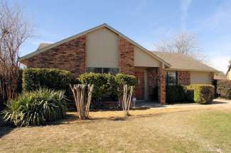 7858 Hollyberry Court, Fort Worth, TX