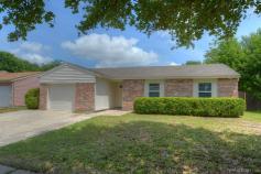 817 Edgemont Drive, Arlington, TX