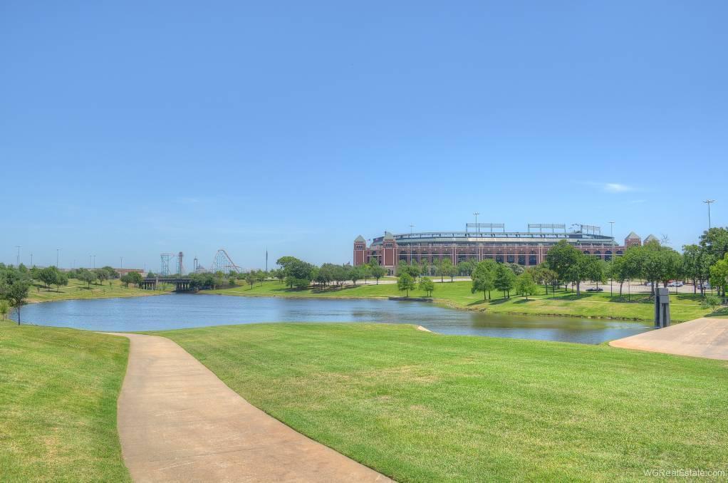 Globe Life Park - Texas Rangers Baseball - Arlington, TX