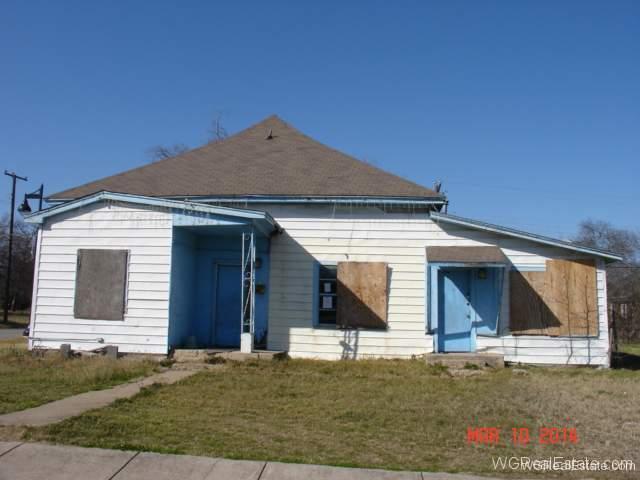 Distressed House Photos