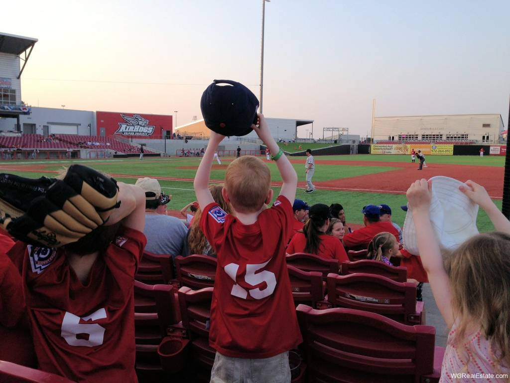 grand-prairie-airhogs-baseball-game