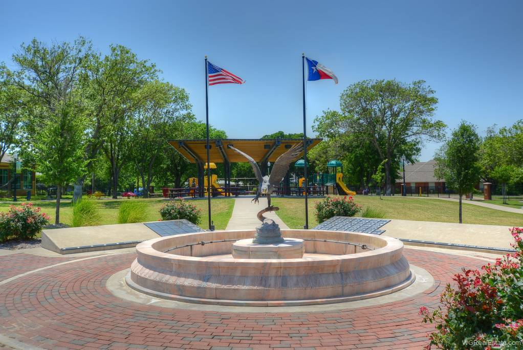 TownCenter Plaza - Kennedale, TX